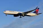 saoya_saodakeさんが、成田国際空港で撮影したデルタ航空 767-332/ERの航空フォト(写真)