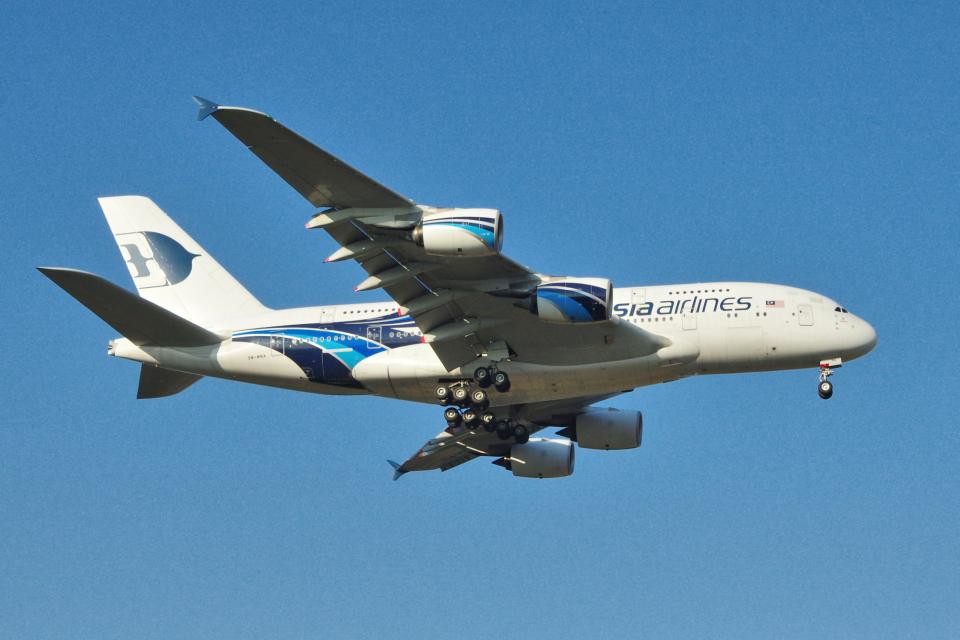 yabyanさんのマレーシア航空 Airbus A380 (9M-MNA) 航空フォト
