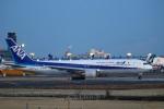 zero1さんが、成田国際空港で撮影した全日空 767-381/ERの航空フォト(飛行機 写真・画像)