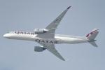 cornicheさんが、ドーハ・ハマド国際空港で撮影したカタール航空 A350-941XWBの航空フォト(飛行機 写真・画像)