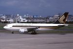 ITM58さんが、福岡空港で撮影したシンガポール航空 A310-324の航空フォト(写真)