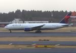ふじいあきらさんが、成田国際空港で撮影したデルタ航空 777-232/ERの航空フォト(飛行機 写真・画像)