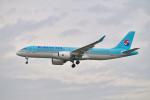 チーフさんが、福岡空港で撮影した大韓航空 A220-300 (BD-500-1A11)の航空フォト(写真)