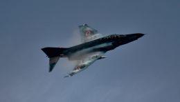 こびとさんさんが、新田原基地で撮影した航空自衛隊 RF-4E Phantom IIの航空フォト(飛行機 写真・画像)