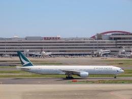 さんぜんさんが、羽田空港で撮影したキャセイパシフィック航空 777-367の航空フォト(写真)