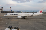 delawakaさんが、伊丹空港で撮影したジェイ・エア ERJ-190-100(ERJ-190STD)の航空フォト(写真)