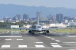 kuro2059さんが、伊丹空港で撮影したジェイ・エア ERJ-190-100(ERJ-190STD)の航空フォト(写真)