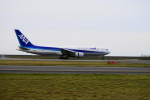 BELL602さんが、新潟空港で撮影した全日空 767-381/ERの航空フォト(写真)