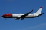twining07さんが、ロンドン・ガトウィック空港で撮影したノルウェー・エアシャトル 737-8JPの航空フォト(写真)