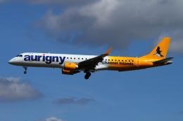 twining07さんが、ロンドン・ガトウィック空港で撮影したオーリニー・エア・サービス ERJ-190-200 (ERJ-195STD)の航空フォト(飛行機 写真・画像)