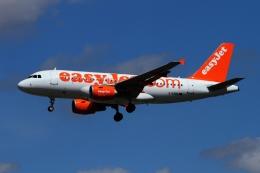 航空フォト:G-EZBO イージージェット A319