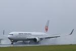 スカイチームKMJ なぁちゃんさんが、熊本空港で撮影した日本航空 767-346/ERの航空フォト(写真)