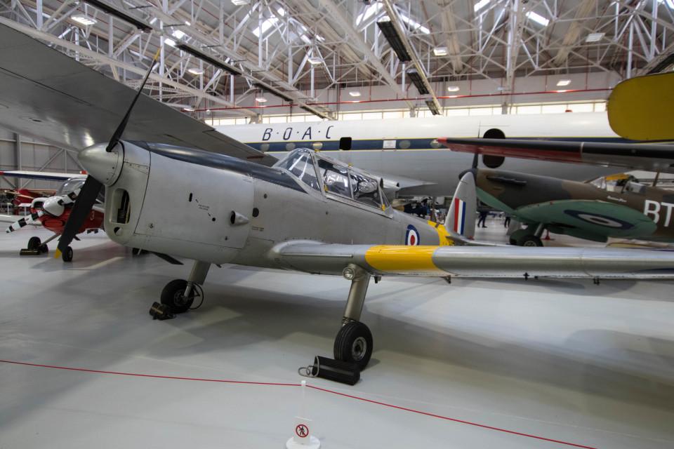Koenig117さんのイギリス空軍 De Havilland Canada DHC-1 Chipmunk (WP912) 航空フォト
