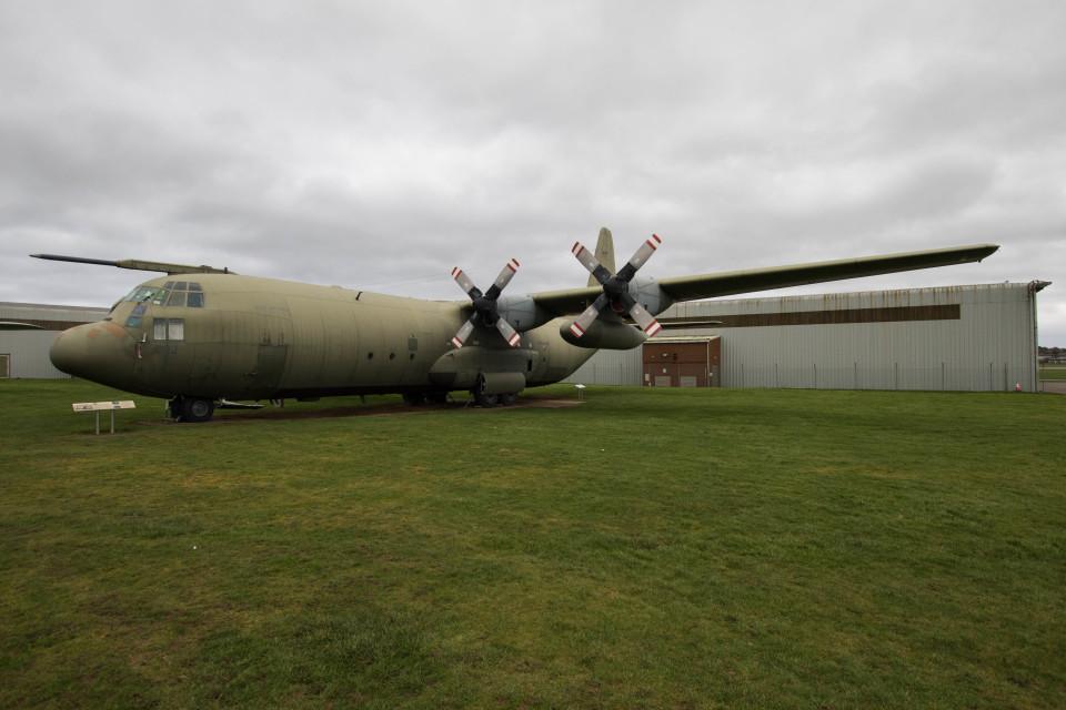 Koenig117さんのイギリス空軍 Lockheed C-130 Hercules (XV202) 航空フォト