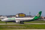 TulipTristar 777さんが、松山空港で撮影したエバー航空 A330-203の航空フォト(写真)