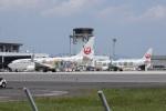 MIRAGE E.Rさんが、出雲空港で撮影した日本航空 737-846の航空フォト(写真)