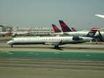 worldstar777さんが、ロサンゼルス国際空港で撮影したアメリカン・イーグル CL-600-2D24 Regional Jet CRJ-900の航空フォト(写真)
