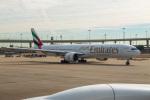 delawakaさんが、ダラス・フォートワース国際空港で撮影したエミレーツ航空 777-31H/ERの航空フォト(写真)