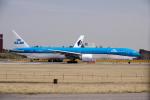 yabyanさんが、成田国際空港で撮影したKLMオランダ航空 777-306/ERの航空フォト(飛行機 写真・画像)