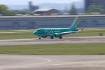 Nao0407さんが、名古屋飛行場で撮影したフジドリームエアラインズ ERJ-170-100 SU (ERJ-170SU)の航空フォト(写真)