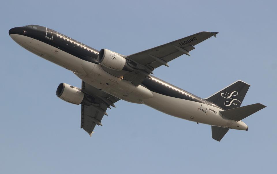 uhfxさんのスターフライヤー Airbus A320 (JA08MC) 航空フォト