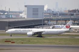 KAZFLYERさんが、羽田空港で撮影した日本航空 777-346/ERの航空フォト(飛行機 写真・画像)