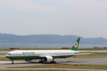 わいどあさんが、関西国際空港で撮影したエバー航空 777-35E/ERの航空フォト(写真)
