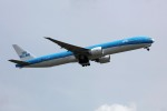sin747さんが、成田国際空港で撮影したKLMオランダ航空 777-306/ERの航空フォト(写真)
