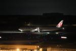MOHICANさんが、成田国際空港で撮影したカタール航空 777-3DZ/ERの航空フォト(写真)