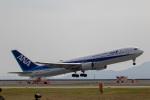 チャッピー・シミズさんが、岩国空港で撮影した全日空 767-381/ERの航空フォト(写真)