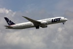 sin747さんが、成田国際空港で撮影したLOTポーランド航空の航空フォト(写真)
