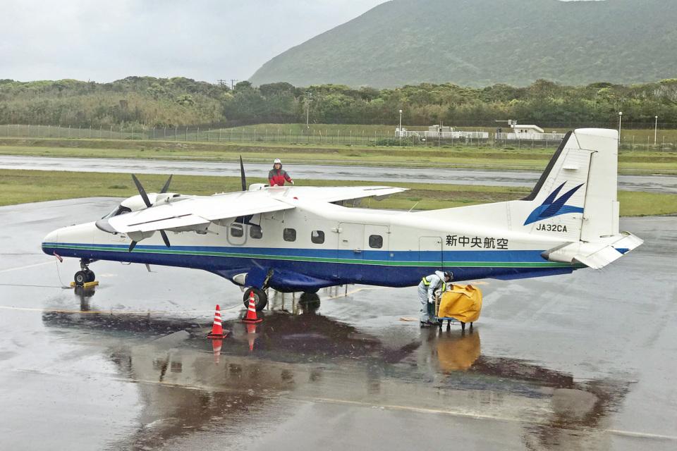 りんたろうさんの新中央航空 Fairchild Dornier 228 (JA32CA) 航空フォト