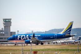 ひろぽ~んさんが、仙台空港で撮影したフジドリームエアラインズ ERJ-170-200 (ERJ-175STD)の航空フォト(飛行機 写真・画像)