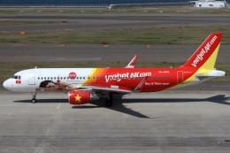 航空フォト:VN-A676 ベトジェットエア A320