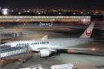 リンリンさんが、羽田空港で撮影した日本航空 777-246/ERの航空フォト(写真)