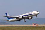 kazuchiyanさんが、岩国空港で撮影した全日空 767-381/ERの航空フォト(写真)