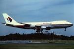 tassさんが、成田国際空港で撮影したマレーシア航空 747-236B(SF)の航空フォト(写真)