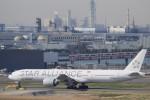 リンリンさんが、羽田空港で撮影したシンガポール航空 777-312/ERの航空フォト(写真)