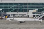 starlightさんが、ミュンヘン・フランツヨーゼフシュトラウス空港で撮影したルフトハンザ・シティライン CL-600-2D24 Regional Jet CRJ-900LRの航空フォト(写真)