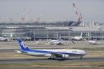 リンリンさんが、羽田空港で撮影した全日空 777-281/ERの航空フォト(写真)