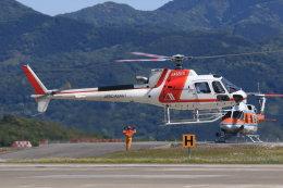 korosukeさんが、南紀白浜空港で撮影した朝日航洋 AS350B3 Ecureuilの航空フォト(写真)