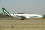yabyanさんが、成田国際空港で撮影したアリタリア航空 A330-202の航空フォト(写真)