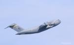 碇シンジさんが、岩国空港で撮影したアメリカ空軍 C-17A Globemaster IIIの航空フォト(写真)