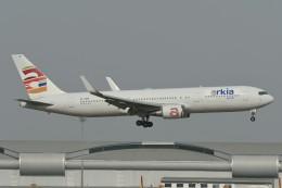 いもや太郎さんが、スワンナプーム国際空港で撮影したアルキア・イスラエル・エアラインズ 767-306/ERの航空フォト(飛行機 写真・画像)