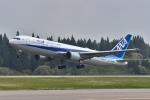 falconさんが、秋田空港で撮影した全日空 767-381/ERの航空フォト(写真)