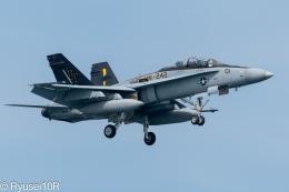 Ryusei10Rさんが、岩国空港で撮影したアメリカ海兵隊 F/A-18D Hornetの航空フォト(飛行機 写真・画像)