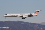 masa707さんが、ロサンゼルス国際空港で撮影したアメリカン・イーグル CL-600-2C10 Regional Jet CRJ-701ERの航空フォト(写真)