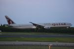 みるぽんたさんが、成田国際空港で撮影したカタール航空 777-3DZ/ERの航空フォト(写真)