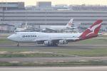 tomoMTさんが、羽田空港で撮影したカンタス航空 747-438の航空フォト(飛行機 写真・画像)