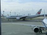 ヒロリンさんが、羽田空港で撮影した日本航空 777-246/ERの航空フォト(写真)